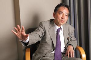 古巣民主党の国会運営を厳しく批判する浅尾氏